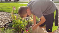 Colorado Boy Enjoys Colourful Flowers for First Time