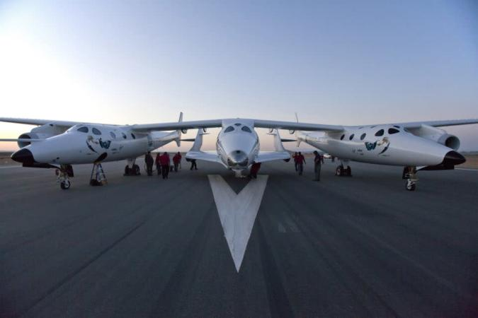 Virgin Galactic's SpaceShipTwo crashes after launch