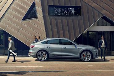 全新Audi e-tron / e-tron Sportback預售價289萬元起展開接單!