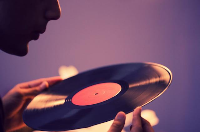 Universal debuts a vinyl buying service based on SMS recommendations