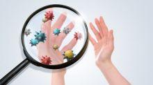 怕十指沾上病菌!森美、小花教你自製「第11隻手指」