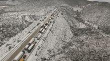 FOTOS: Infierno gélido por caos y nieve en México