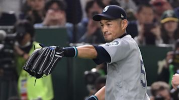An Ichiro love-fest as Mariners win in Japan