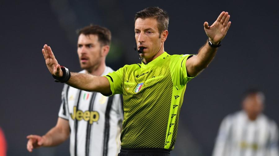 La moviola di Juventus-Lazio: prestazione disastrosa per Massa (mal assistito da Di Bello al VAR)
