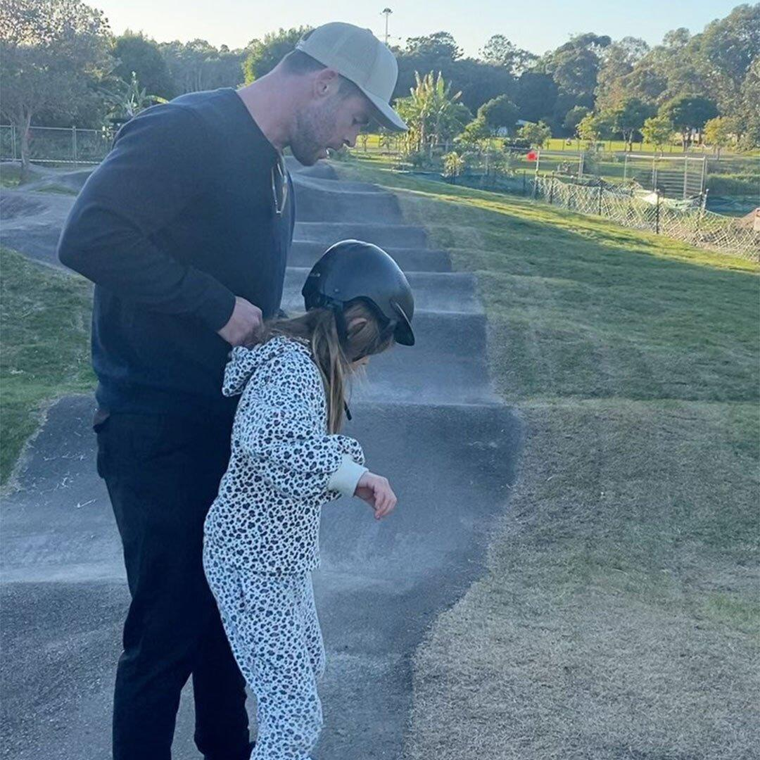 Watch Chris Hemsworth Demonstrate the 'Ultimate Workout' Alongside 9-Year-Old Daughter India