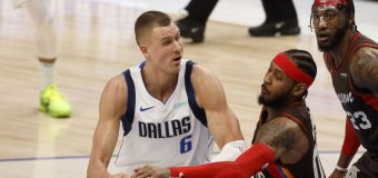 Mavs' Porzingis shrugs off trade talk after latest injury