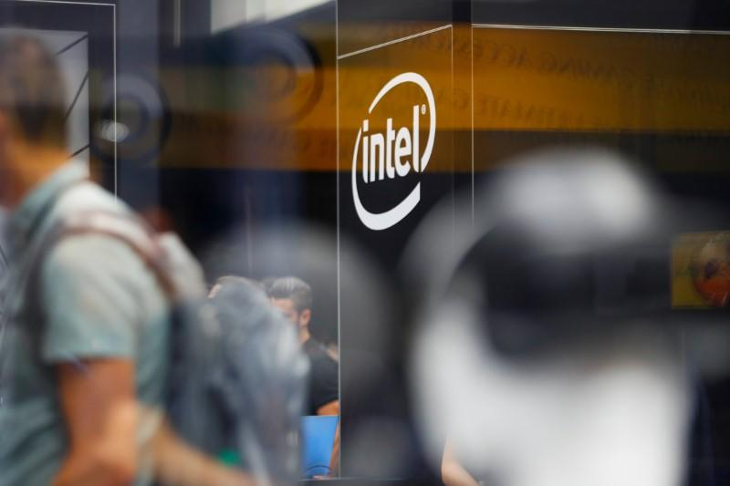Intel Reduces Stake In Asml To Below 3 Percent