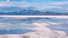 Why Lithium Stock SQM Dropped 11.7% in August