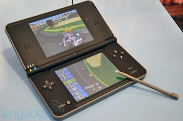 Nintendo DSi XL hands-on
