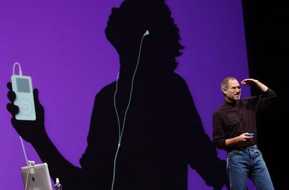 Old Steve Jobs emails resurface as part of iPod antitrust lawsuit