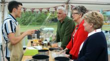 'Great British Bake Off' week 3: First Hollywood Handshake of the series during the dreaded bread week