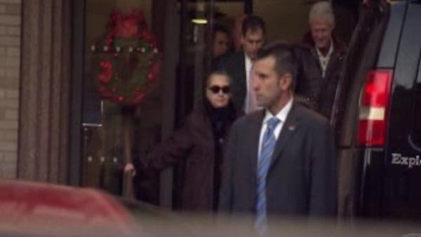 Clinton leaves hospital after treatment for clot