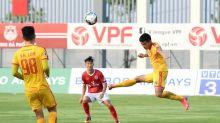 Vietnam suspends domestic football after new coronavirus cases