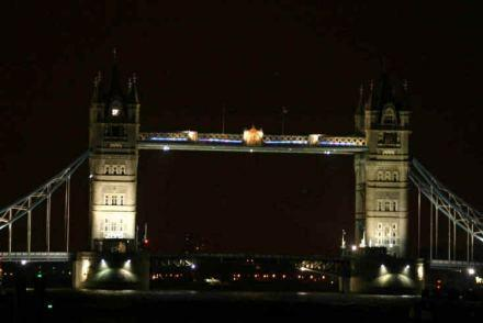 This week only, London's Tower Bridge is the world's largest Bluetooth device