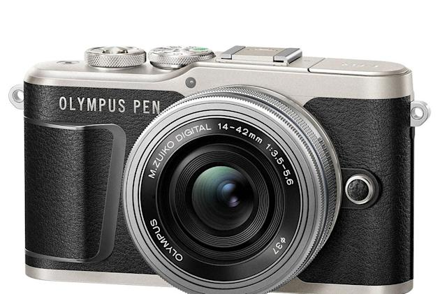 Olympus' tiny Pen E-PL9 has 4K and image stabilization