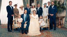 Embelesada Kate Middleton con el príncipe Louis