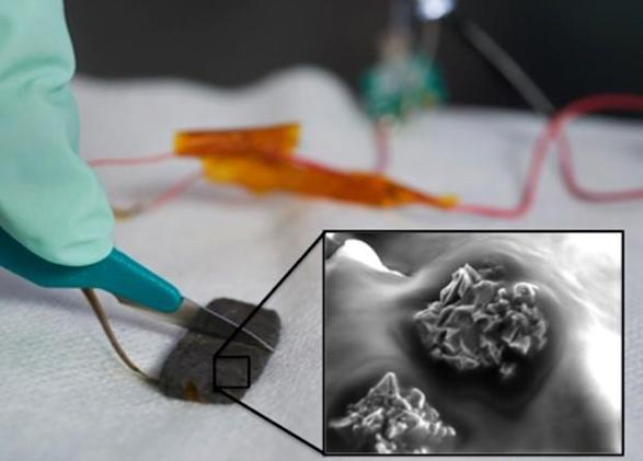 Stanford self-healing plastic responds to touch, keeps prosthetics and touchscreens in one piece