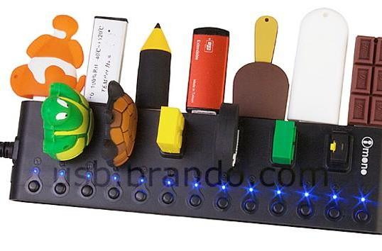 iMONO 13-port USB hub with independent power switches kills vampires en masse