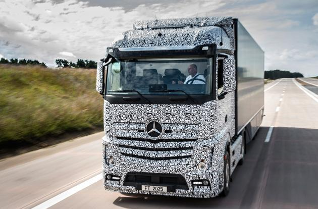 Mercedes' semi-autonomous truck lets its driver relax on the highway