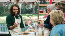 Bake Off: Ofcom receives complaints over Russell Brand's vagina biscuits