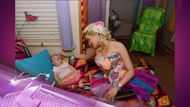 Entertainment News Pop: Holly Madison Brings Daughter Rainbow Aurora to Her First Electric Daisy Carnival