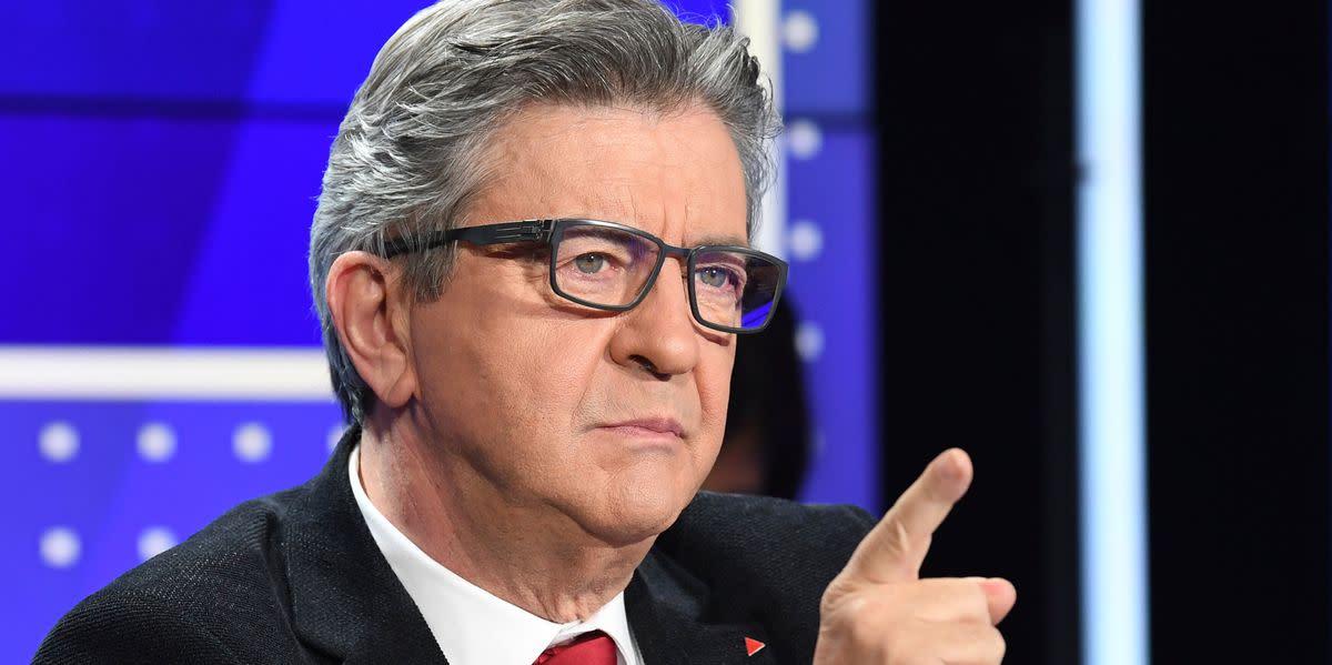 """Jean-Luc Mélenchon ironise sur """"le zombie Hollande"""" qui """"mord tout ce qui bouge"""""""