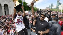 Kyle Lowry whips crowd into frenzy with '5 more years' chant for Kawhi Leonard