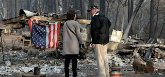 Trump visits wildfire site: 'A really, really bad one'