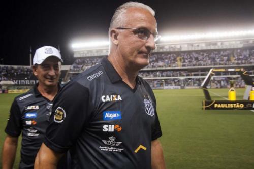 Dorival ressalta fase 'guerreira' do Santos e pede concentração nas oitavas