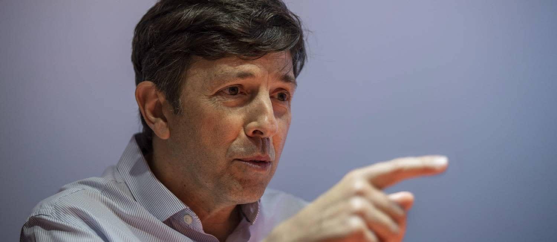 Amoêdo defende renúncia de Bolsonaro, se ele não voltar atrás amanhã