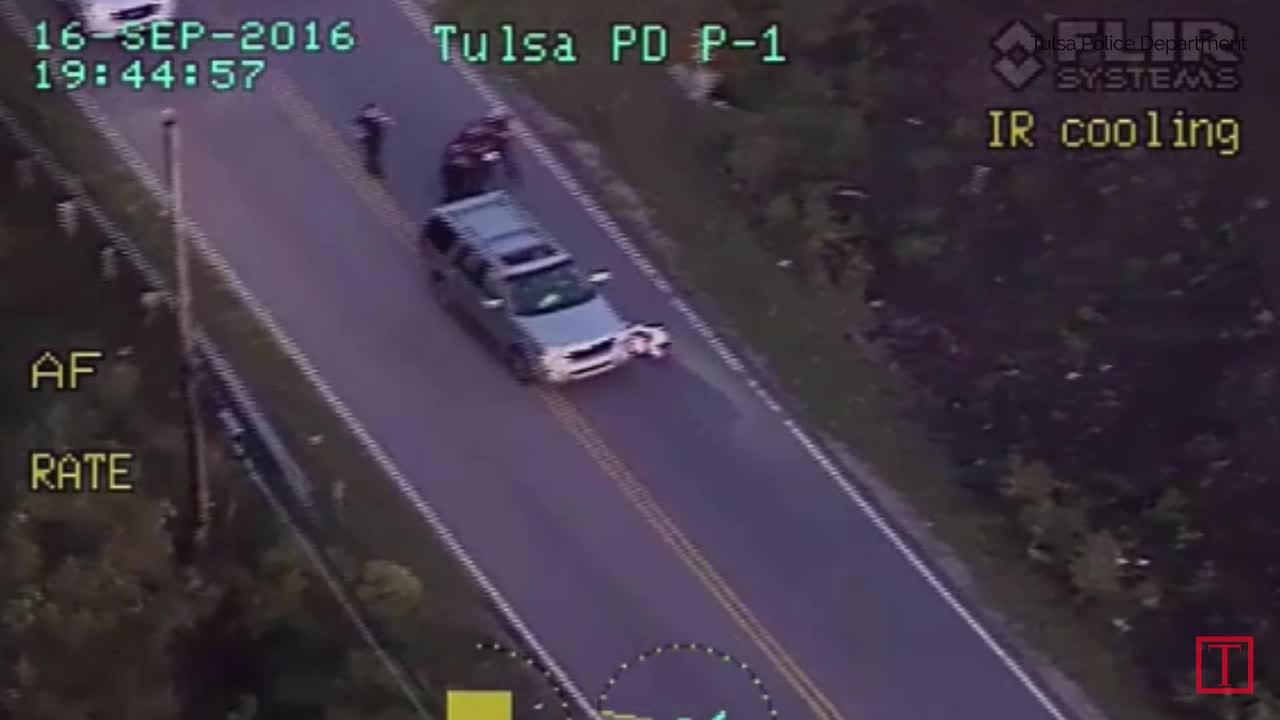 Oklahoma police fatally shoot unarmed, naked teenager