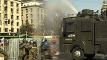 Piñera enfrenta marcha estudantil no Chile