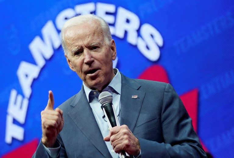Democratic presidential candidate Joe Biden speaks in Cedar Rapids, Iowa (AFP Photo/WIN MCNAMEE)