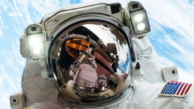 Instant Index: Spectacular Astronaut Selfie From Space