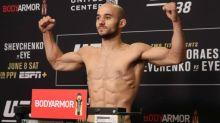 Brasileiro Marlon Moraes faz a luta principal do 'UFC Moraes x Sandhagen'