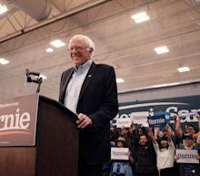 Bernie Sanders, the Teflon Candidate, Faces Sudden New Tests