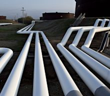 U.S. Slashes 2020 Oil-Output Forecast Ahead of OPEC+ Meeting