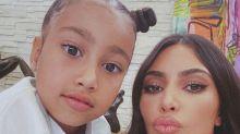 """Kim Kardashian celebra """"quarentena em família"""" e é criticada"""