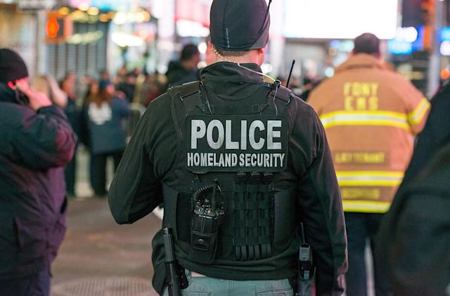 Hacker posts info on thousands of Homeland Security employees