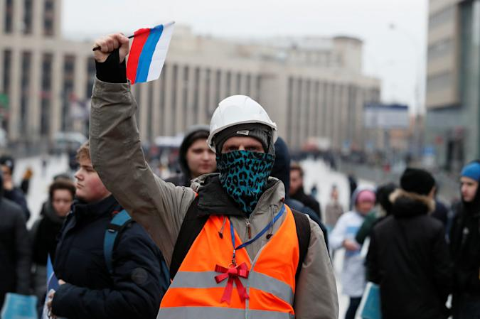 A protester attends a rally to protest against tightening state control over internet in Moscow, Russia March 10, 2019.  REUTERS/Shamil Zhumatov