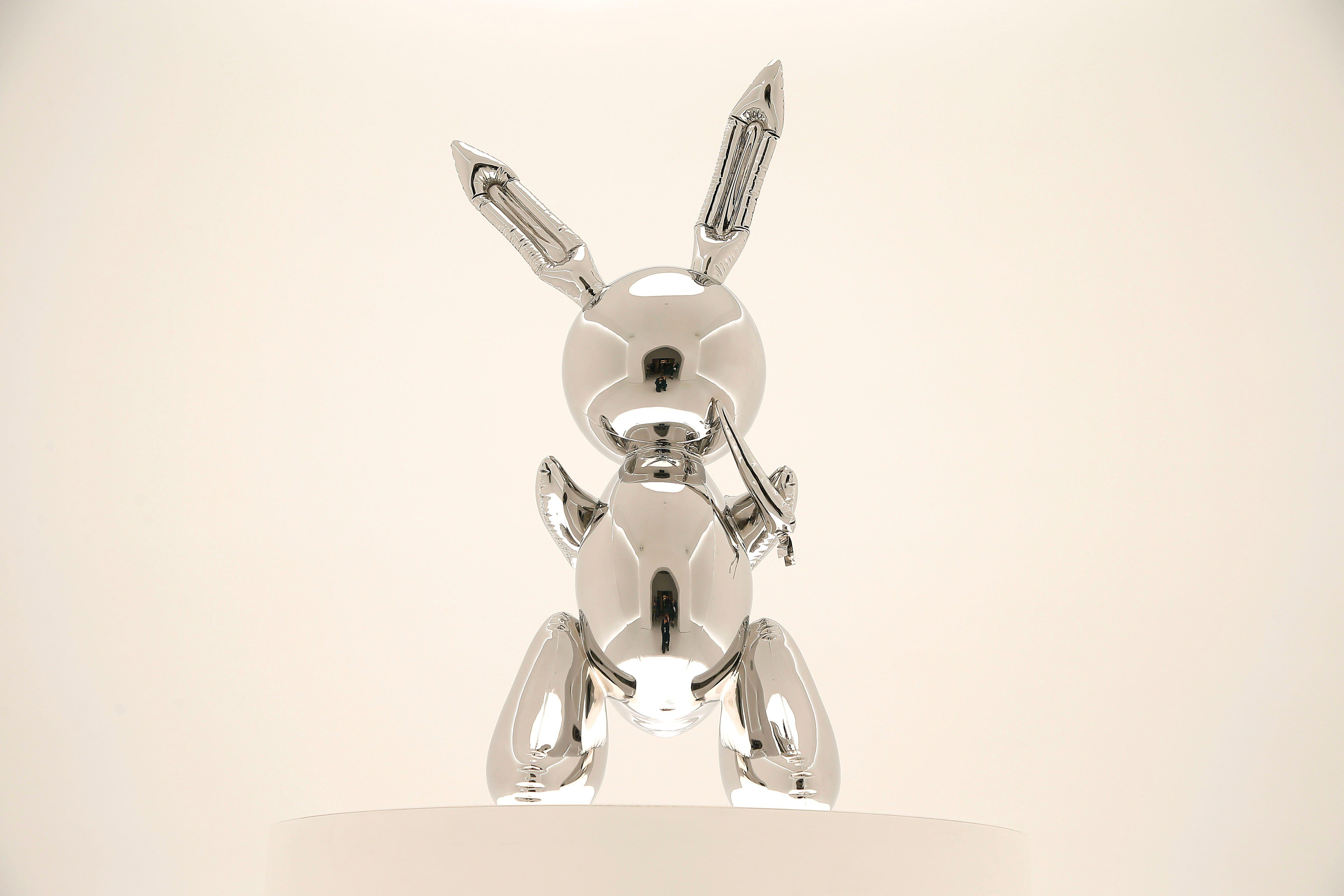 This $132 million stainless steel rabbit broke a global auction record