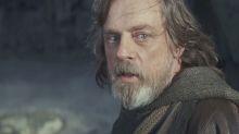Mark Hamill says Luke hasn't turned to the Dark Side in Star Wars: The Last Jedi