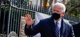 EXCLUSIVA-Biden impondrá prohibición a viajeros de Sudáfrica por nueva variante de COVID-19