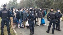 Démantèlement d'un important campement de migrants à Calais