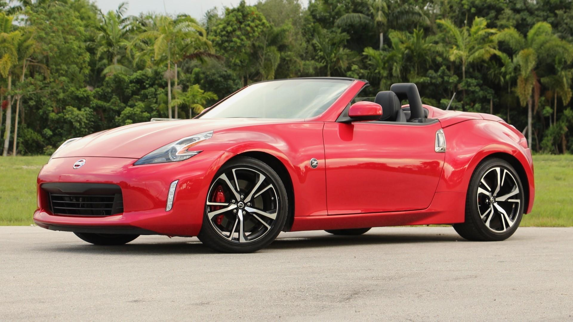 2018 nissan 370z roadster review ready for retirement. Black Bedroom Furniture Sets. Home Design Ideas