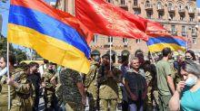 Mercenarios sirios reclutados por Turquía llegan a Azerbaiyán, según ONG