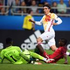 Barcelona Gives Arsenal's Hector Bellerin Ultimatum to Sign This Summer