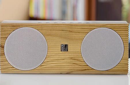 Joystiq Deals: Soundfreaq bluetooth speaker, AIAIAI headphones