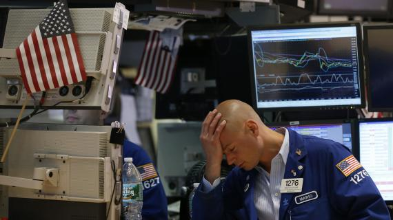 Stocks tumble, Dow plunges as virus concerns mount