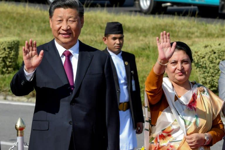 Nepal's President Bidhya Devi Bhandari (R) and China's President Xi Jinping held talks in the Himalayan nation (AFP Photo/Prakash MATHEMA)